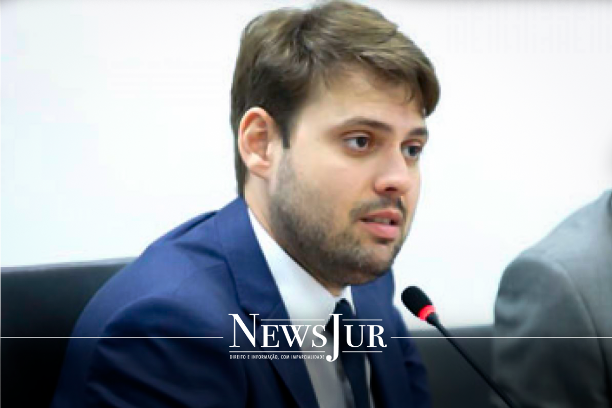 Advogado Irajá Lacerda